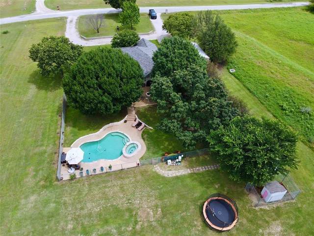 2011 Wild Horse Road, Decatur, TX 76234 (MLS #14595574) :: Real Estate By Design