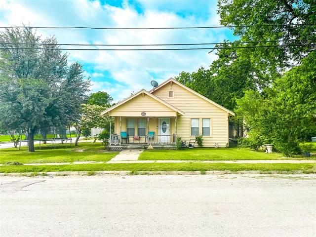 500 W Grand, Comanche, TX 76442 (MLS #14599188) :: The Good Home Team