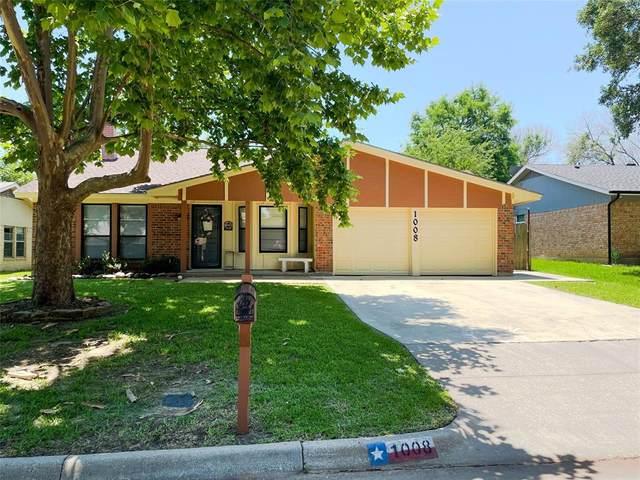1008 Kay Lynn Street, Mansfield, TX 76063 (MLS #14599990) :: Craig Properties Group