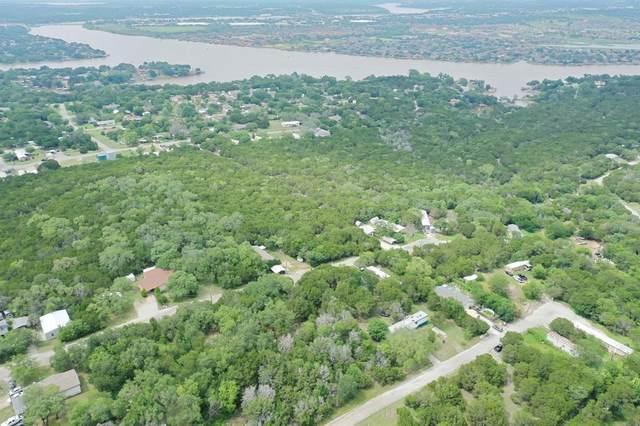 800 Crow Court, Granbury, TX 76048 (MLS #14600055) :: Real Estate By Design