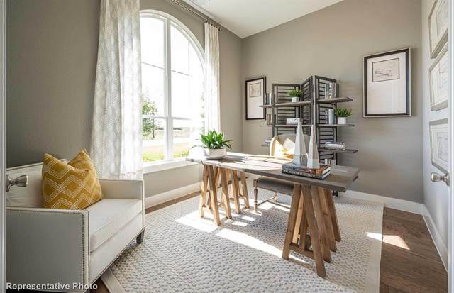 1920 Barnhill Lane, Van Alstyne, TX 75495 (MLS #14600395) :: Real Estate By Design