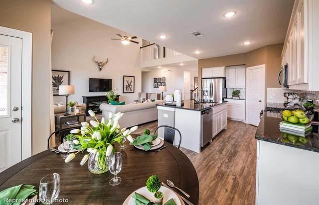 1921 Barnhill Lane, Van Alstyne, TX 75495 (MLS #14600400) :: Real Estate By Design
