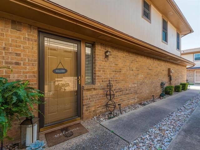3 Rockwood Circle, Bedford, TX 76021 (MLS #14602983) :: The Mauelshagen Group