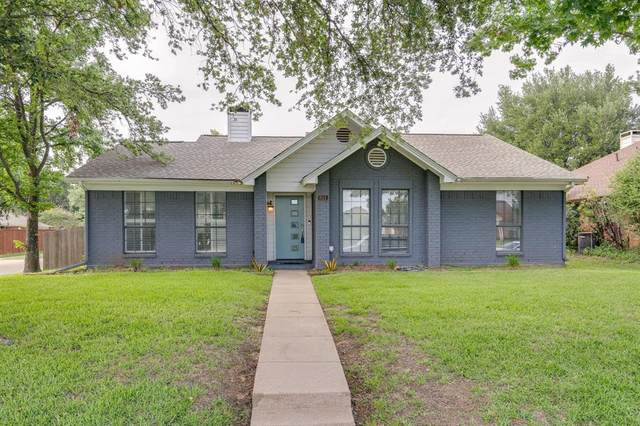 811 Red Oak Drive, Lewisville, TX 75067 (MLS #14603293) :: Crawford and Company, Realtors