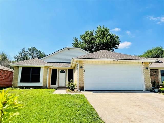 4224 Staghorn Circle N, Fort Worth, TX 76137 (MLS #14605191) :: EXIT Realty Elite
