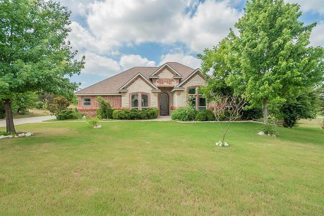 6204 Retreat Clubhouse Drive, Cleburne, TX 76033 (MLS #14606163) :: Real Estate By Design
