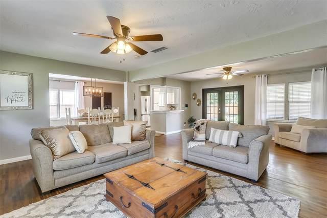 113 S 1st Street, Godley, TX 76044 (MLS #14607856) :: The Property Guys