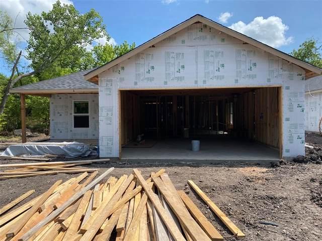 315 W Oak Street, Whitewright, TX 75491 (MLS #14608330) :: The Property Guys