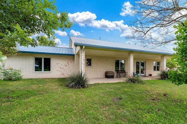 825 Self Road, Gatesville, TX 76528 (MLS #14612028) :: Real Estate By Design