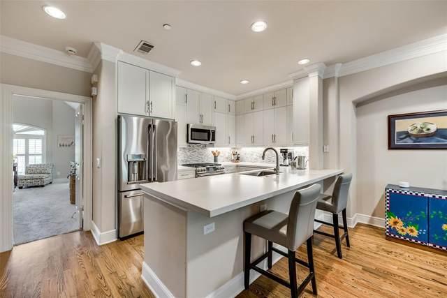 4131 Towne Green Circle, Addison, TX 75001 (MLS #14612322) :: The Property Guys