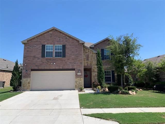 2229 Bernese Lane, Fort Worth, TX 76131 (MLS #14612450) :: Robbins Real Estate Group