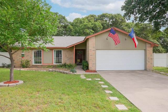 904 Lake Crest Parkway, Azle, TX 76020 (MLS #14612816) :: Rafter H Realty
