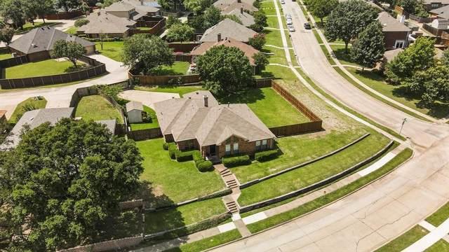 1400 Barclay Drive, Carrollton, TX 75007 (MLS #14613124) :: Real Estate By Design