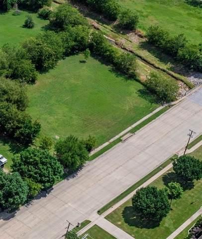 7405 Hightower Drive, North Richland Hills, TX 76182 (MLS #14616511) :: Craig Properties Group
