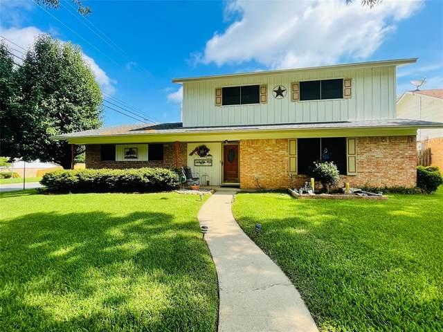 1213 Idlewood Drive, Sherman, TX 75092 (MLS #14619143) :: Trinity Premier Properties
