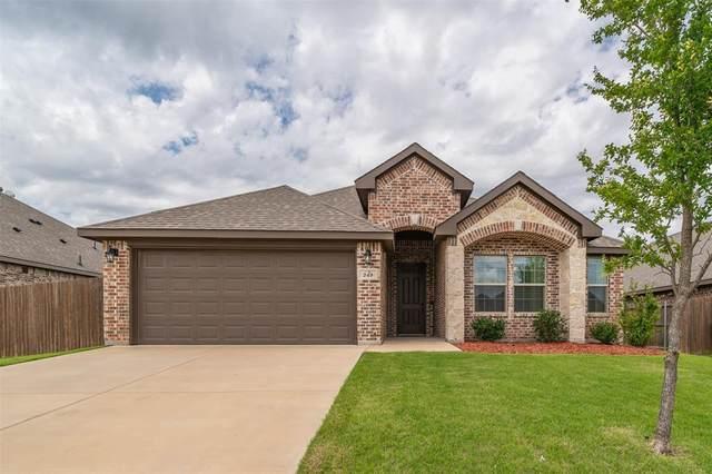 249 Buckskin Drive, Waxahachie, TX 75167 (MLS #14623546) :: Maegan Brest | Keller Williams Realty