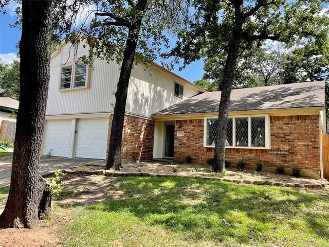4818 Crestmont Court, Arlington, TX 76017 (MLS #14623685) :: Real Estate By Design