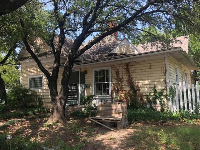 314 N Anglin Street, Cleburne, TX 76031 (MLS #14623761) :: The Russell-Rose Team