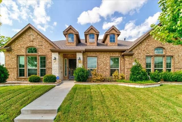 221 Brighton Drive, Desoto, TX 75115 (MLS #14625137) :: Rafter H Realty