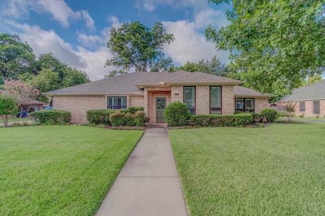 333 Village Tree Drive, Highland Village, TX 75077 (MLS #14625609) :: Real Estate By Design
