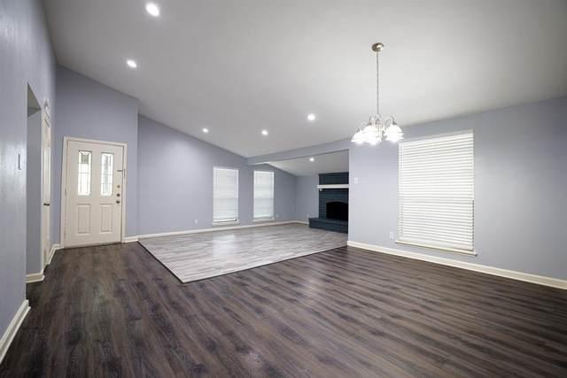 8524 Grumman Drive, Dallas, TX 75228 (MLS #14626823) :: Wood Real Estate Group