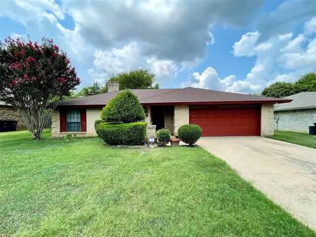 6808 Windcrest Lane, Fort Worth, TX 76133 (MLS #14627904) :: Real Estate By Design