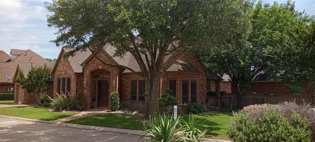1806 Masters Drive, Desoto, TX 75115 (MLS #14628023) :: Jones-Papadopoulos & Co