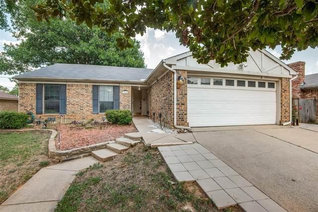 3510 Post Oak Drive, Grand Prairie, TX 75050 (MLS #14628919) :: Real Estate By Design