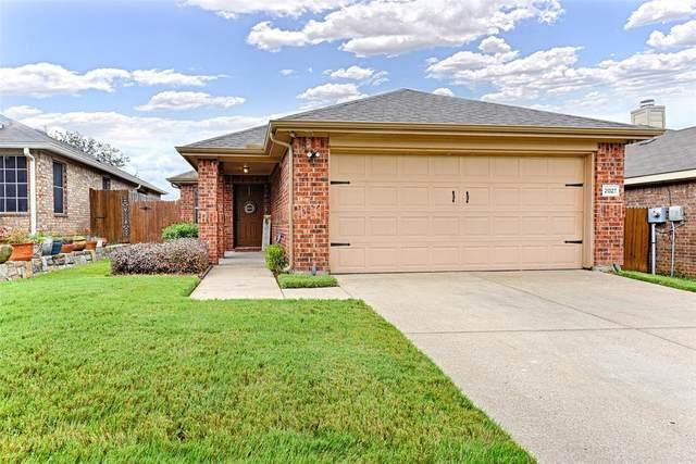 2027 Whispering Hills Drive, Heartland, TX 75126 (MLS #14629098) :: United Real Estate