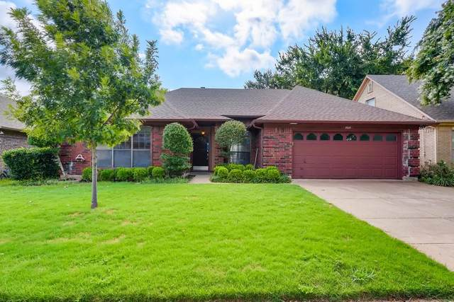 5515 Misty Crest Drive, Arlington, TX 76017 (MLS #14629222) :: Real Estate By Design
