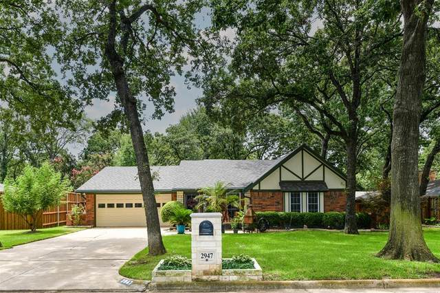 2947 Wentwood Drive, Grapevine, TX 76051 (MLS #14630172) :: Wood Real Estate Group