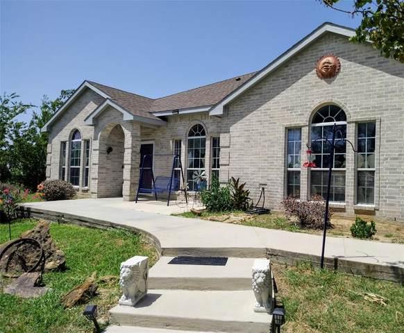 3437 Family Drive, Saginaw, TX 76179 (MLS #14630535) :: EXIT Realty Elite
