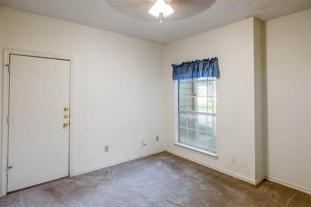 7151 Gaston Avenue #417, Dallas, TX 75214 (MLS #14631314) :: RE/MAX Landmark