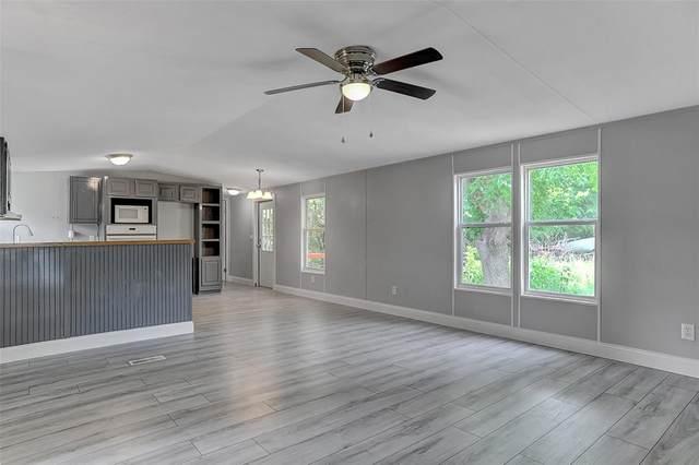 158 Denison Drive, Pottsboro, TX 75076 (MLS #14631659) :: Crawford and Company, Realtors