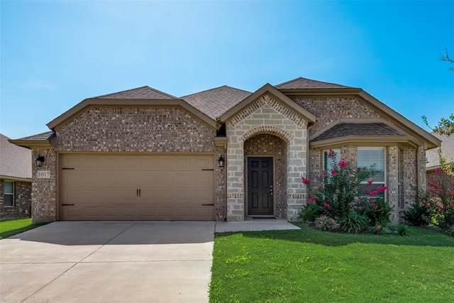 1017 Montrose Avenue, Gainesville, TX 76240 (MLS #14633358) :: The Kimberly Davis Group