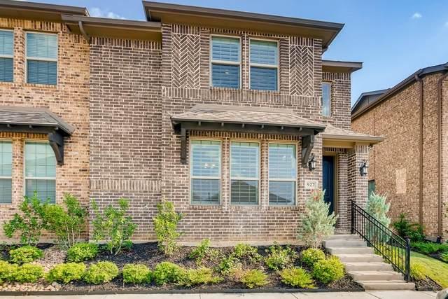 927 Ponds Edge Lane, Euless, TX 76040 (MLS #14633554) :: Real Estate By Design