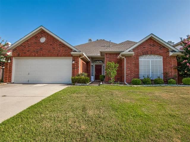 318 Crestview Drive, Arlington, TX 76018 (MLS #14633965) :: Wood Real Estate Group