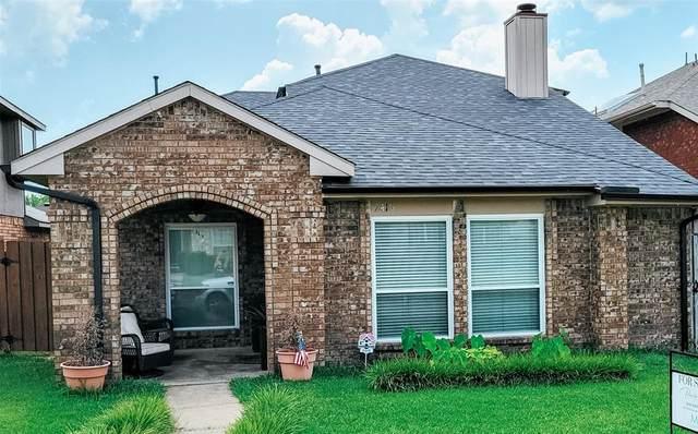 2416 Baretta Drive, Mesquite, TX 75181 (MLS #14635133) :: Real Estate By Design