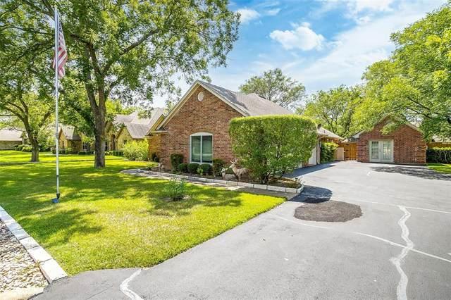 9402 Monticello Drive, Granbury, TX 76049 (MLS #14635520) :: Real Estate By Design