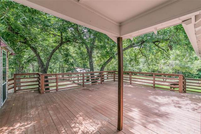 145 Normandy Avenue, Azle, TX 76020 (#14637238) :: Homes By Lainie Real Estate Group