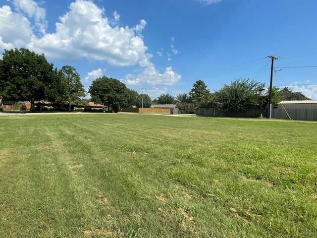 1509 Thomas Lane, Graham, TX 76450 (MLS #14637558) :: Robbins Real Estate Group