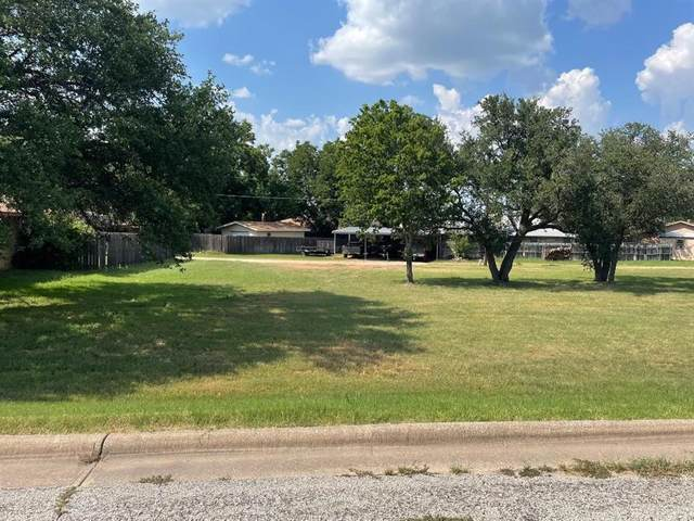 1510 Thomas Lane, Graham, TX 76450 (MLS #14637626) :: Robbins Real Estate Group