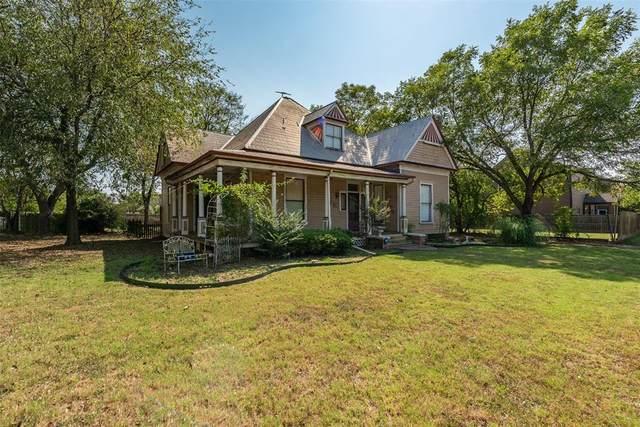 320 E Franklin Street, Hillsboro, TX 76645 (MLS #14638482) :: Jones-Papadopoulos & Co