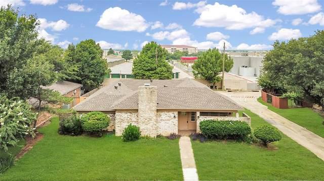 2315 Oakwood Drive, Carrollton, TX 75006 (MLS #14638556) :: Real Estate By Design
