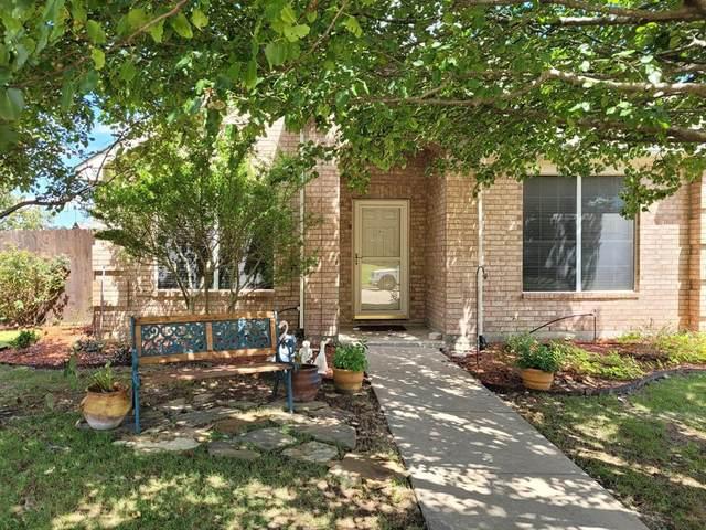 1617 San Carlos Drive, Van Alstyne, TX 75495 (MLS #14639255) :: Maegan Brest | Keller Williams Realty