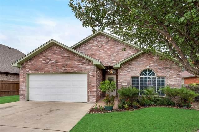 1513 Avenue F, Grand Prairie, TX 75051 (MLS #14639482) :: Real Estate By Design