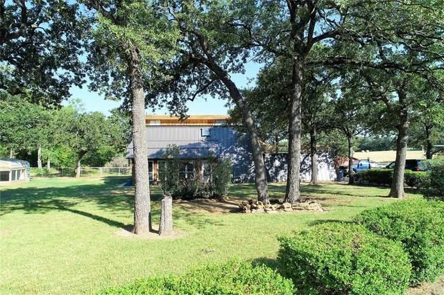 2029 Bishop Road, Bowie, TX 76230 (MLS #14639855) :: The Krissy Mireles Team