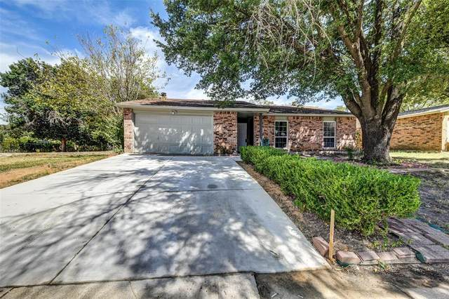 619 Live Oak Drive, Mansfield, TX 76063 (MLS #14640118) :: Russell Realty Group