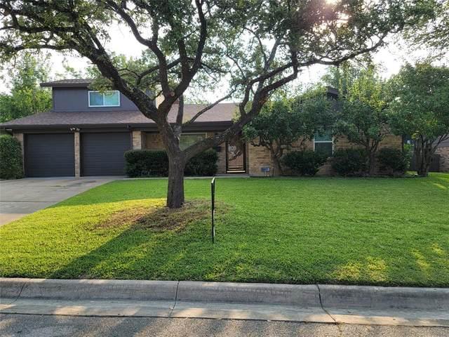 3021 Conejos Drive, Fort Worth, TX 76116 (MLS #14641258) :: Craig Properties Group