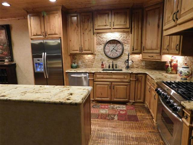 2033 Harbor Way #203, Possum Kingdom Lake, TX 76449 (#14644774) :: Homes By Lainie Real Estate Group